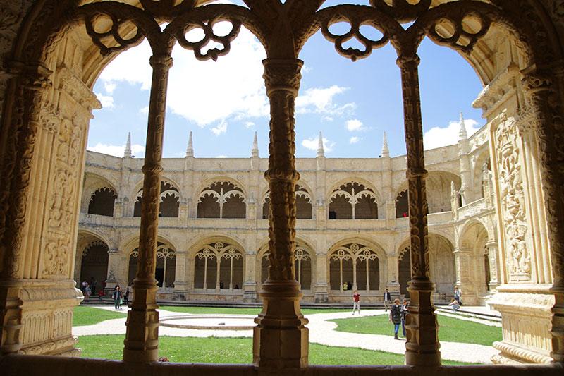 Monastère-Jeronimos-Lisbon