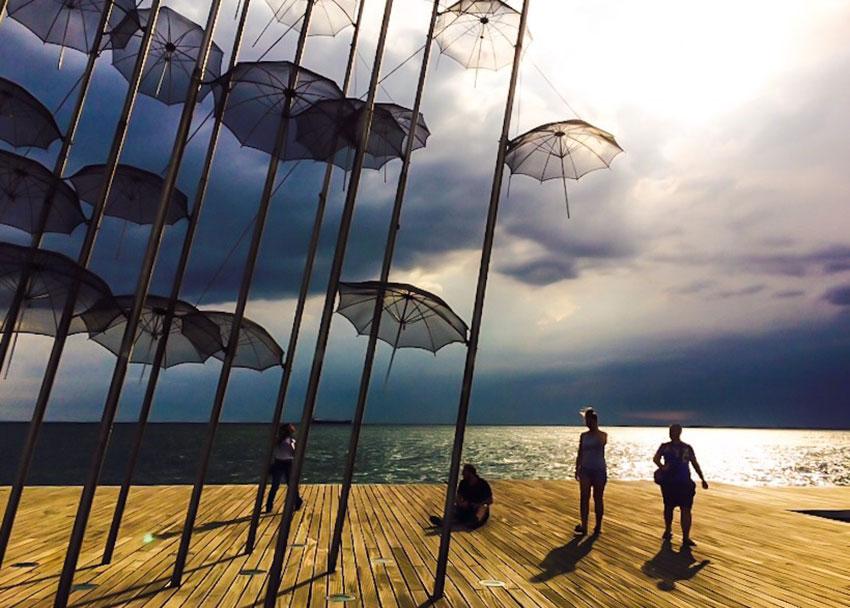Monument-parapluie-thessaloniki
