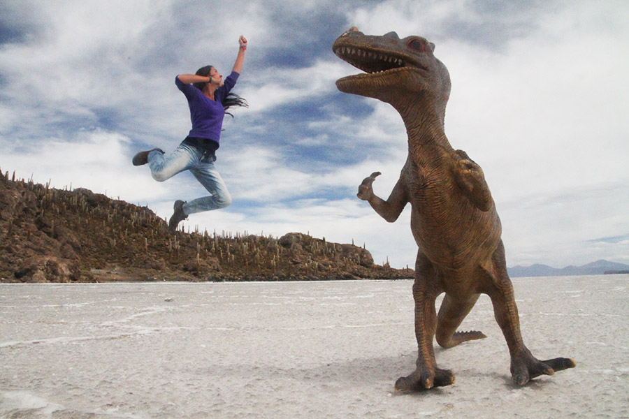 Salar-Uyuni-jump-fun