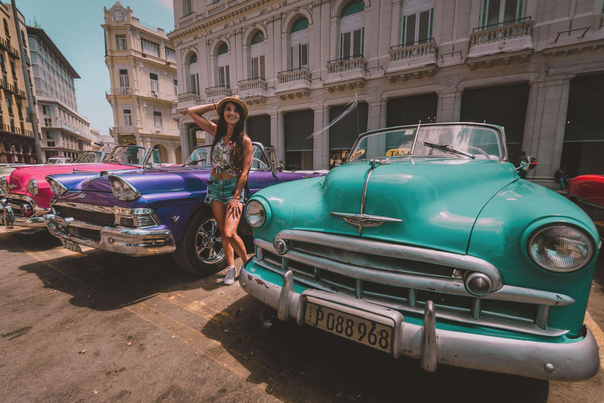 Les superbes voitures anciennes de l'île de Cuba