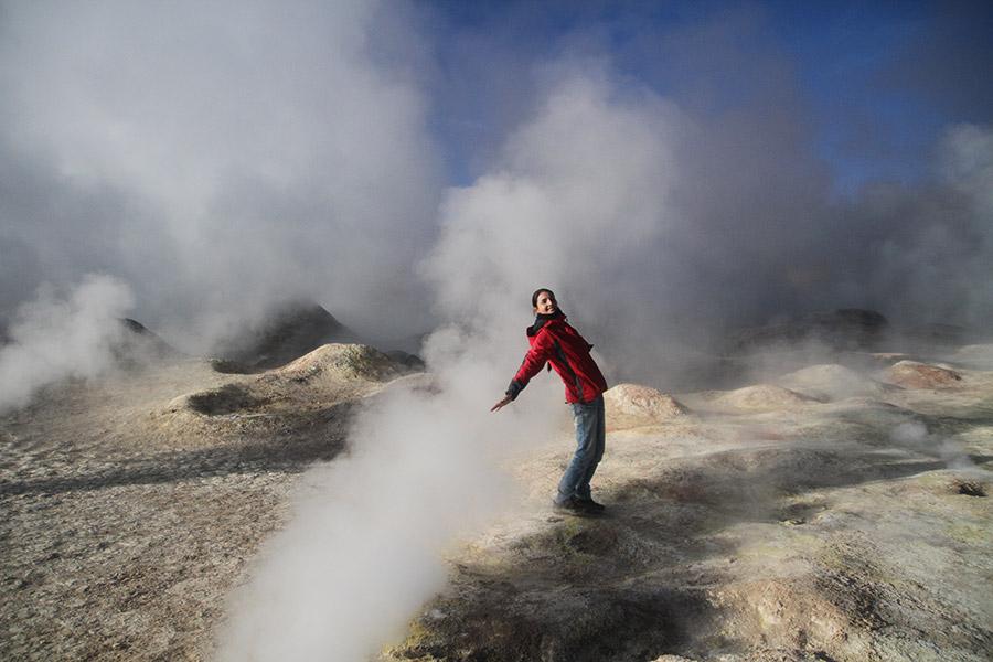 Uyuni-geysers-fun