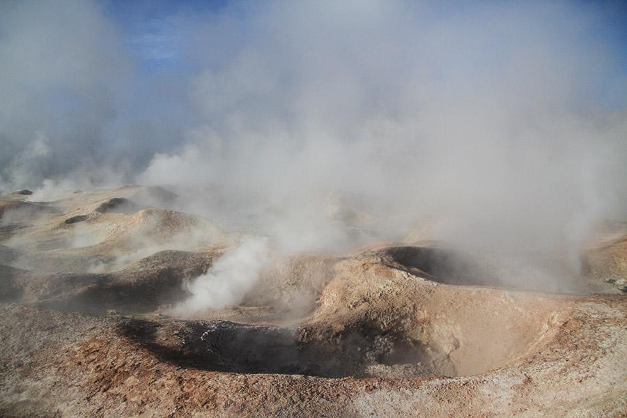 Uyuni-geysers-paysage