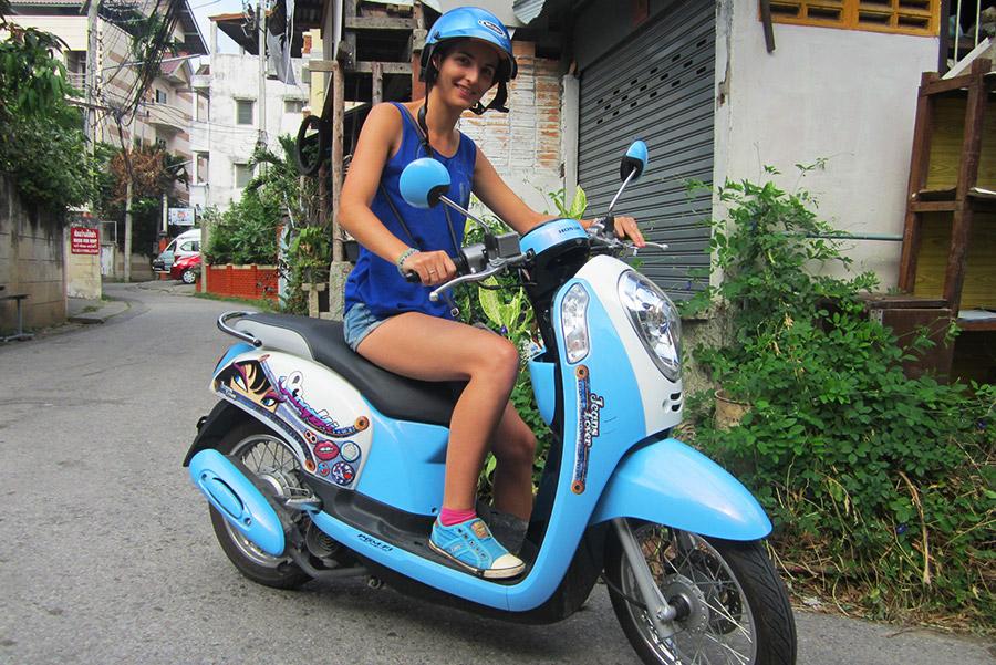 """Un """"Scoopy"""", le meilleur des scooter en Thailande !"""