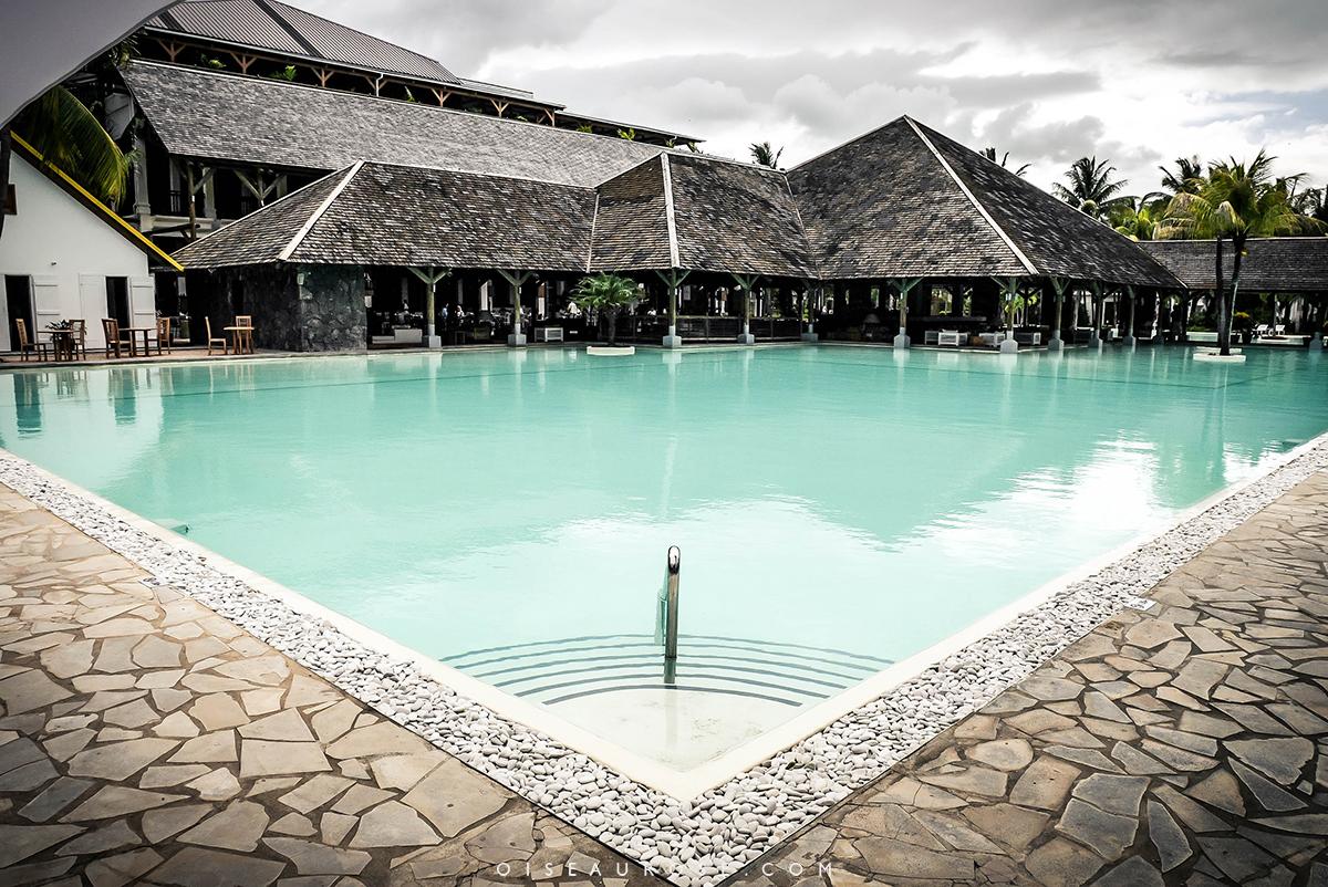 piscine-hotel-ravenala-maurice