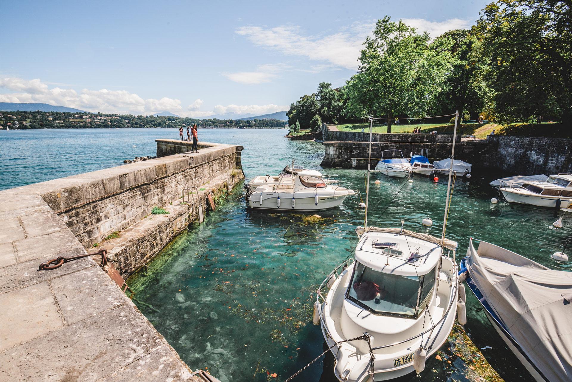 Petit port de Genève, Suisse