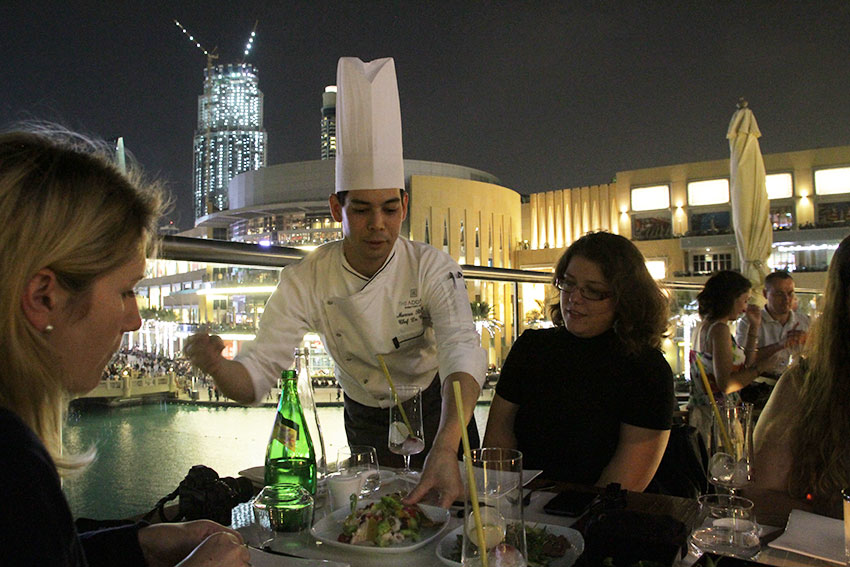 restaurant-zeta-the-address-dubai-chef